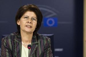 Renate Sommer : eurodéputée défenseuse de la ecigarette ?