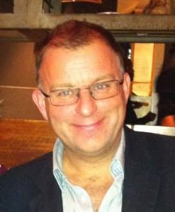 Clive Bates : un spécialiste du tabagisme, très impliqué en faveur de la cigarette électronique